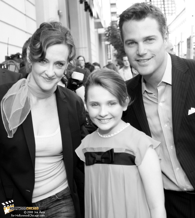 Joan Cusack (left), Abigail Breslin (middle) and Chris O'Donnell strike a red-carpet pose on June 17, 2008 at the Chicago premiere of their latest film Kit Kittredge: An American Girl