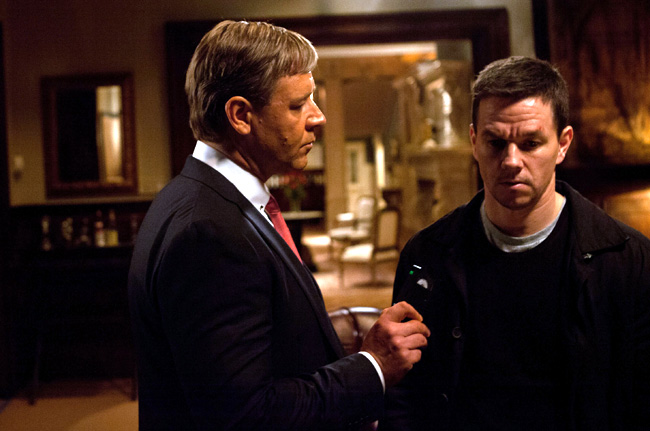 Russell Crowe and Mark Wahlberg in Broken City
