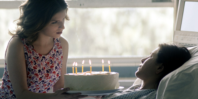 Anna Kendrick and Jennifer Aniston in Cake