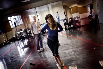 Penelope Cruz rehearses for Nine