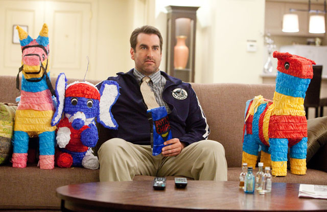 Odd Rob Riggle Turns on the Funny in '21 Jump Street'