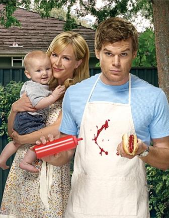 Julie Benz as Rita Morgan and Michael C. Hall as Dexter (Season 4)