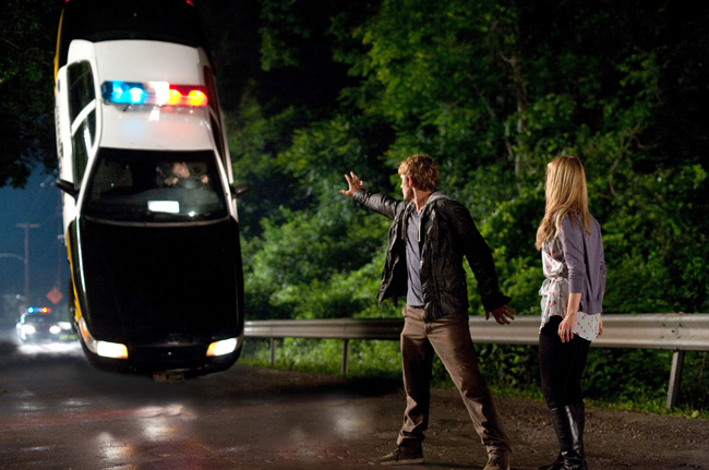 Dianna Agron and Alex Pettyfer in I Am Number Four