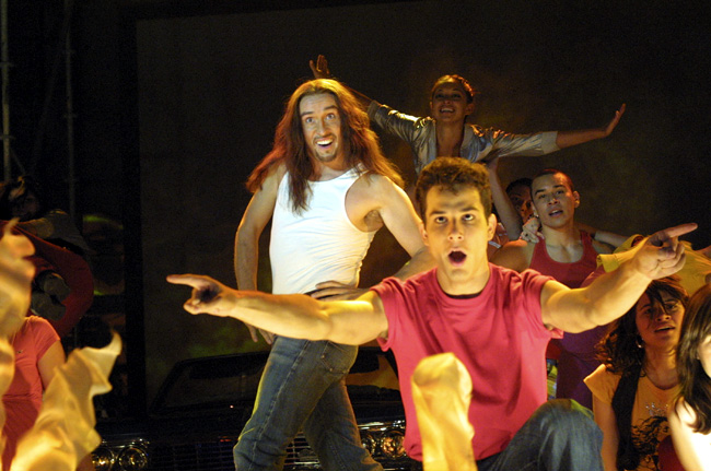 Steve Coogan (center) and Skylar Astin (right) star in Andy Fleming's comedy Hamlet 2