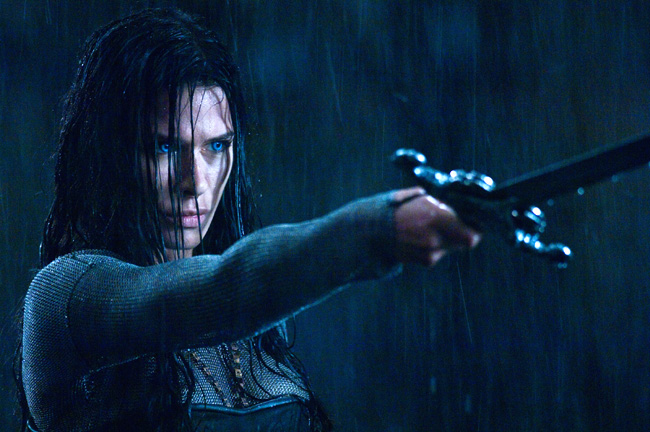 Rhona Mitra stars in Underworld: Rise of the Lycans