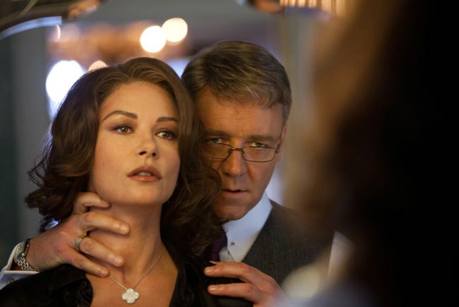 Russell Crowe and Catherine Zeta-Jones in Broken City