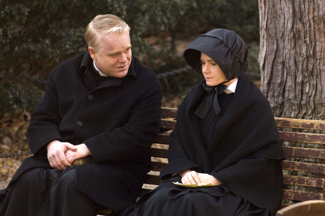 Philip Seymour Hoffman as Father Flynn and Amy Adams as Sister James in Doubt