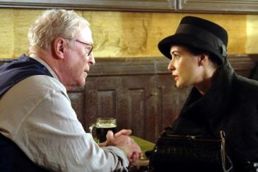 Michael Caine and Demi Moore in Flawless
