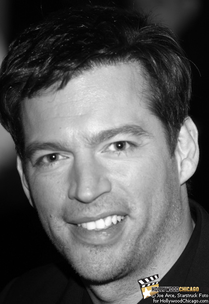 Actor Harry Connick Jr. flashed the HollywoodChicago.com lens a welcoming smile while signing autographs for fans in the name of his new film New in Town on Jan. 28, 2009 at Chicago's Shops of North Bridge mall on Michigan Avenue