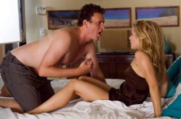 Jason Segel (left) and Kristen Bell in Forgetting Sarah Marshall