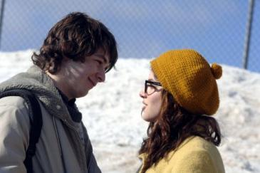 Michael Angarano, Olivia Thirlby, Snow Angels (3)