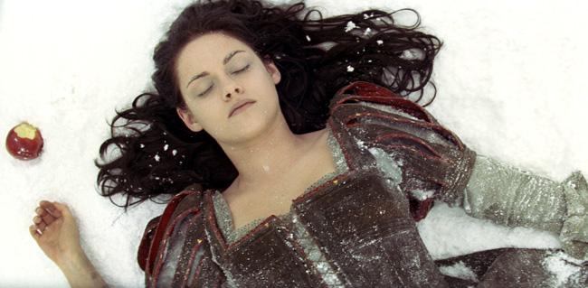 Kristen Stewart as Snow White in Snow White and the Huntsman