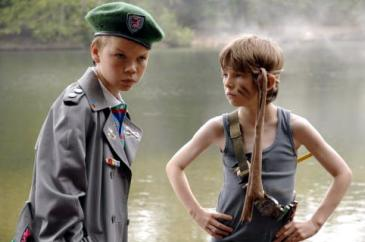 Bill Milner (left) and Will Poulter in Son of Rambow