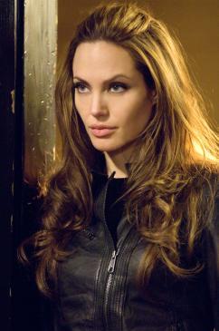 Angelina Jolie, Wanted (37)