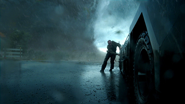 Matt Walsh as Pete in Into the Storm
