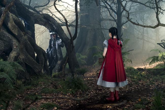 Johnny Depp and Lilla Crawford in Into the Woods