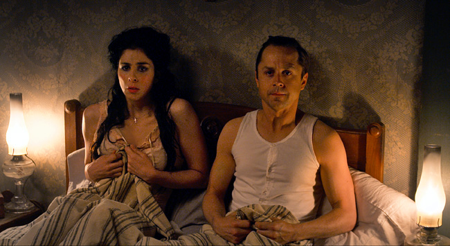 Sarah Silverman as Ruth and Giovanni Ribisi as Edward in A Million Ways to Die in the West