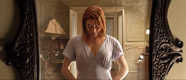 Katee Sackhoff stars in Oculus