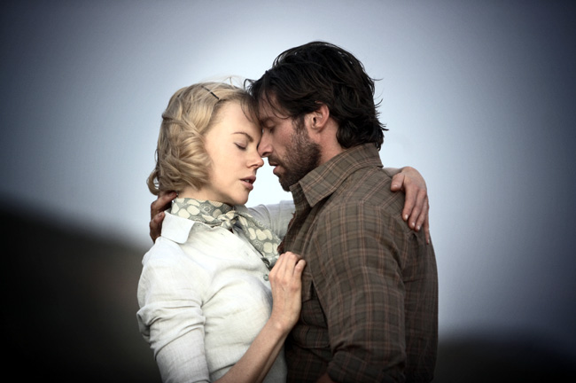 Sarah (Nicole Kidman) and The Drover (Hugh Jackman) find adventure and romance during their fateful journey across Australia.