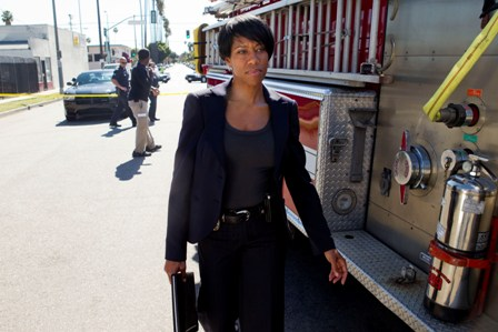Regina King in Southland