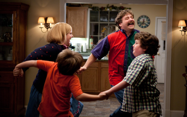 Sarah Baker, Kya Haywood, Zach Galifianakis and Grant Goodman in The Campaign