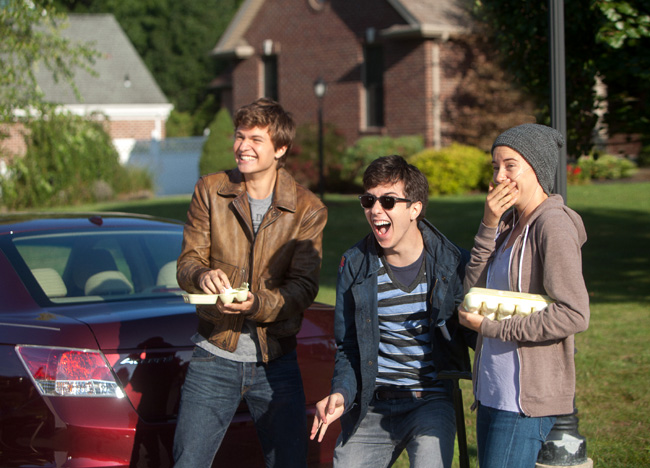 Ansel Elgort, Nat Wolff and Shailene Woodley in The Fault of Our Stars