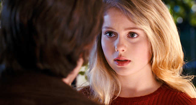 Andrew James Allen as Samuel and Rose McIver as Lindsey Salmon in The Lovely Bones