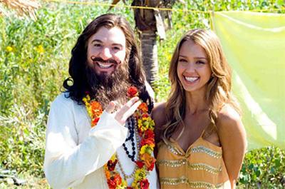 Mike Myers and Jessica Alba in The Love Guru
